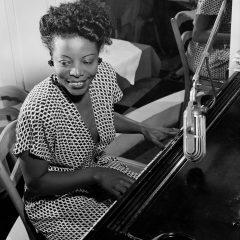 Sobre mujeres músicos tras los focos